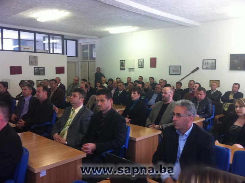 Pregedate slike iz članka: Obilježen Dan općine