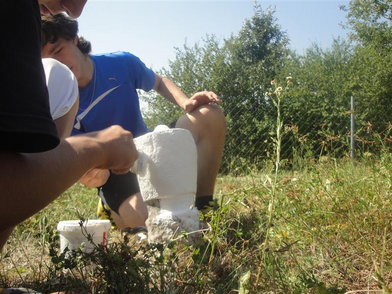 Pregedate slike iz članka: Aktivna omladina u Svrakama