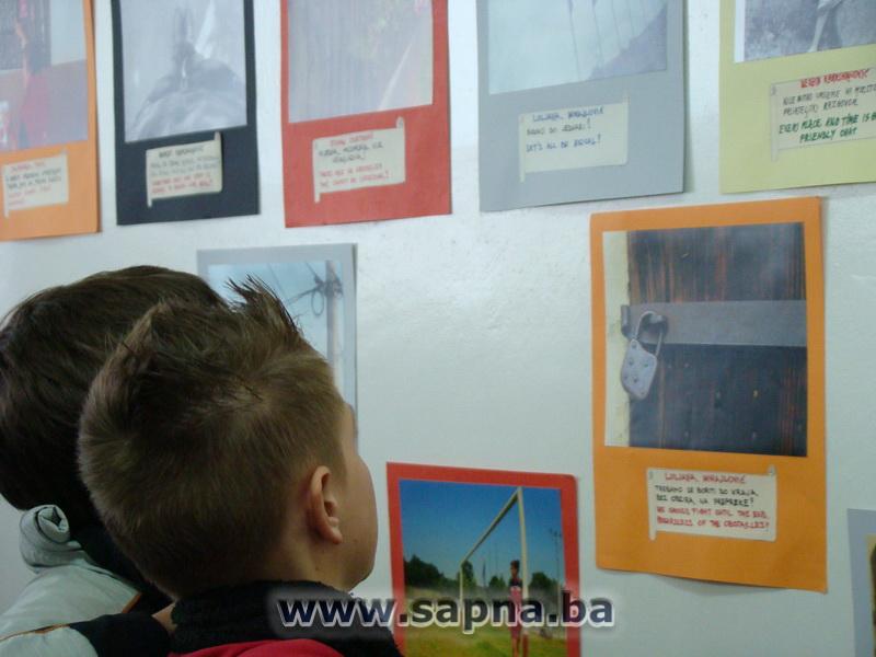 Pregedate slike iz ?lanka: Izlo�ba fotografija mladih