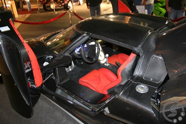Pregedate slike iz članka: SapnaOnLine u Qatar-u: Super Car Show (foto)
