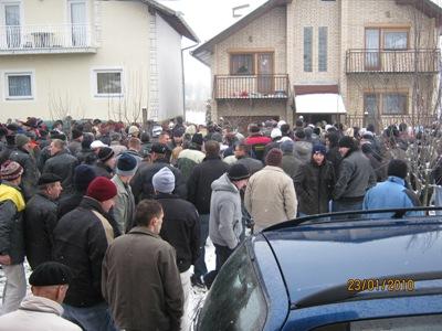 Pregedate slike iz članka: Sahranjen Ifet Mustafić