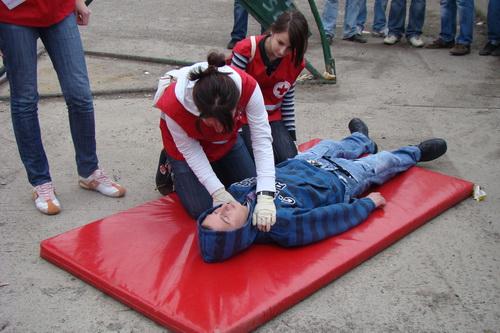 Pregedate slike iz članka: Održano takmičenje u pružanju prve pomoći