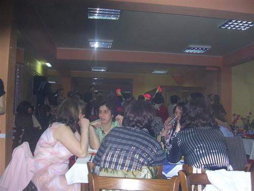 Pregedate slike iz članka: Žene proslavile 8. mart