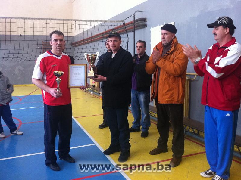 Pregedate slike iz članka: Turnir u odbojci 'Hasan Delić' 2012