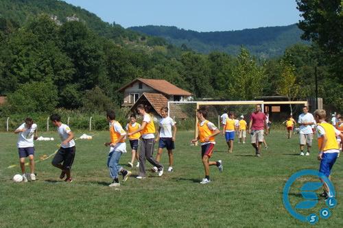 Pregedate slike iz članka: UEFA škola fudbala za najmlađe