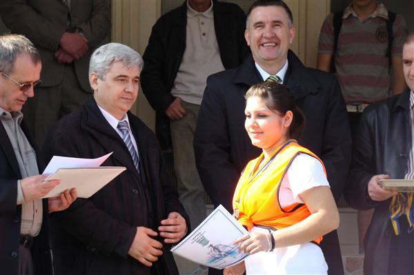Pregedate slike iz članka: Trka za Dan općine